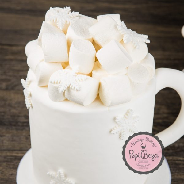 marshmallow Christmas cake