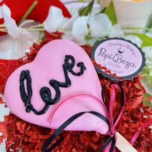 pink love cake pop